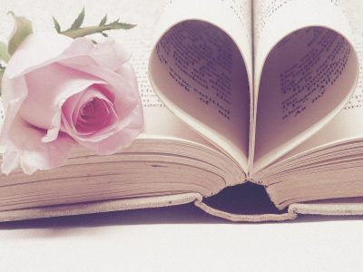 15 cadouri pentru soție de ziua ei, de 1, 8 Martie & Crăciun-Cărți dedicate iubirii pentru o soție romantică