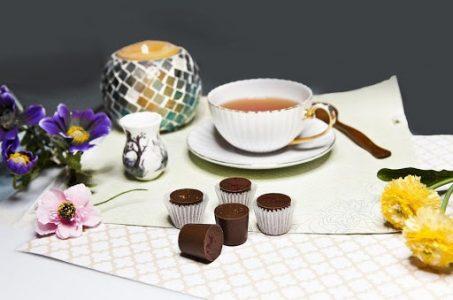 """15 ide de cadou pentru soacră de Crăciun și 8 Martie-Ceaiuri și accesorii pentru ceai pentru o soacră care iubește """"five o'clock tea"""""""