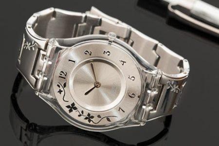 15 ide de cadou pentru soacră de Crăciun și 8 Martie-Ceas de mână pentru o soacră care pune accentul pe punctualitate