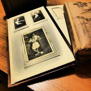 cadouri pentru părinți-Foto cărți – albume de amintiri pentru părinții care prețuiesc timpul petrecut împreună