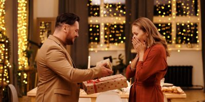 15 cadouri pentru soție de ziua ei, de 1, 8 Martie & Crăciun