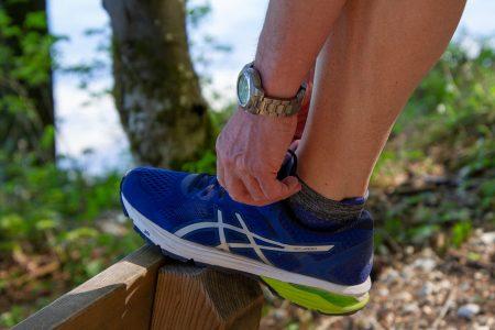 Pantofi sport de firmă pentru un tată căruia îi place să se simtă confortabil în încălțările sale-cadouri pentru tați