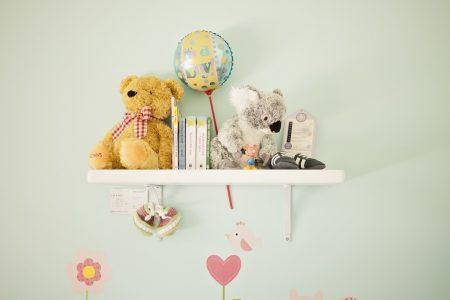 Cărți și jucării pentru bebeluși care vor crește mari și puternici