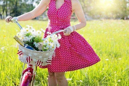 Super rochii pentru o super sărbătorită la 18 ani