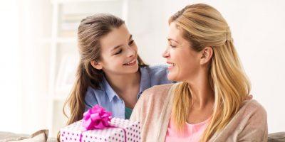 Cadouri pentru mamă, de Crăciun, de 8 martie în 2021