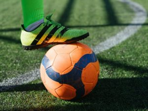 cadou iubit echipament de fotbal