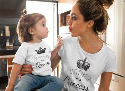 image 1 of Set personalizat mamă și copil pentru o mama tânără