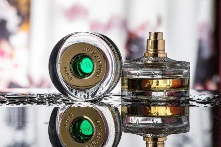 Parfum de lux – spune-i că este specială cu ajutorul aromelor unice!