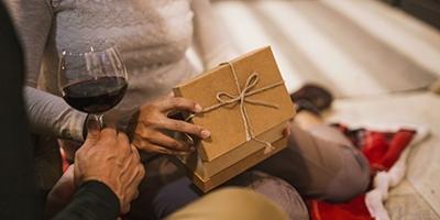 16 idei cadouri pentru 40 de ani pentru el și ea