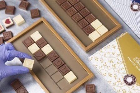 cadiu iubita telegrama ciocolata