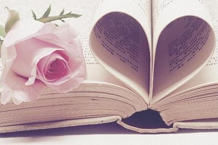 Cărți cu povești romantice în prag de iarnă