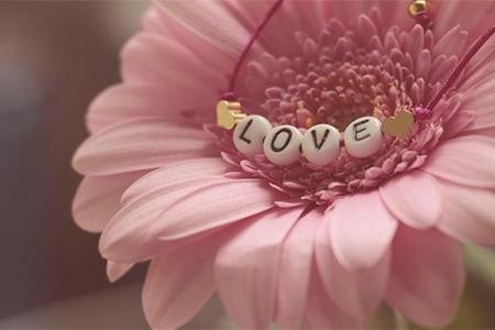30 Cadouri de Ziua Îndrăgostiților pentru el și ea