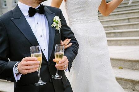 Idei cadouri pentru aniversarea căsătoriei