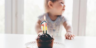 30 idei de cadouri bebeluși pentru botez și alte sărbători